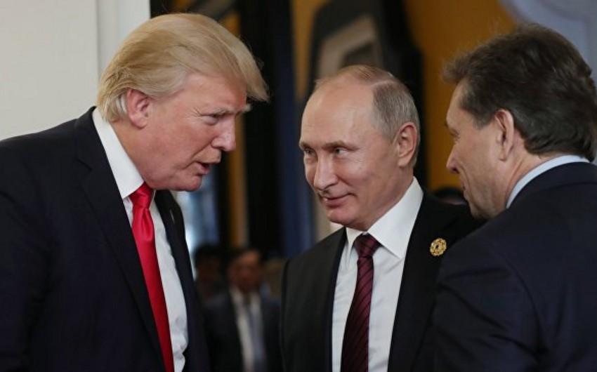 Vladimir Putin Donald Trampla görüşünün təxirə salınmasına münasibət bildirib