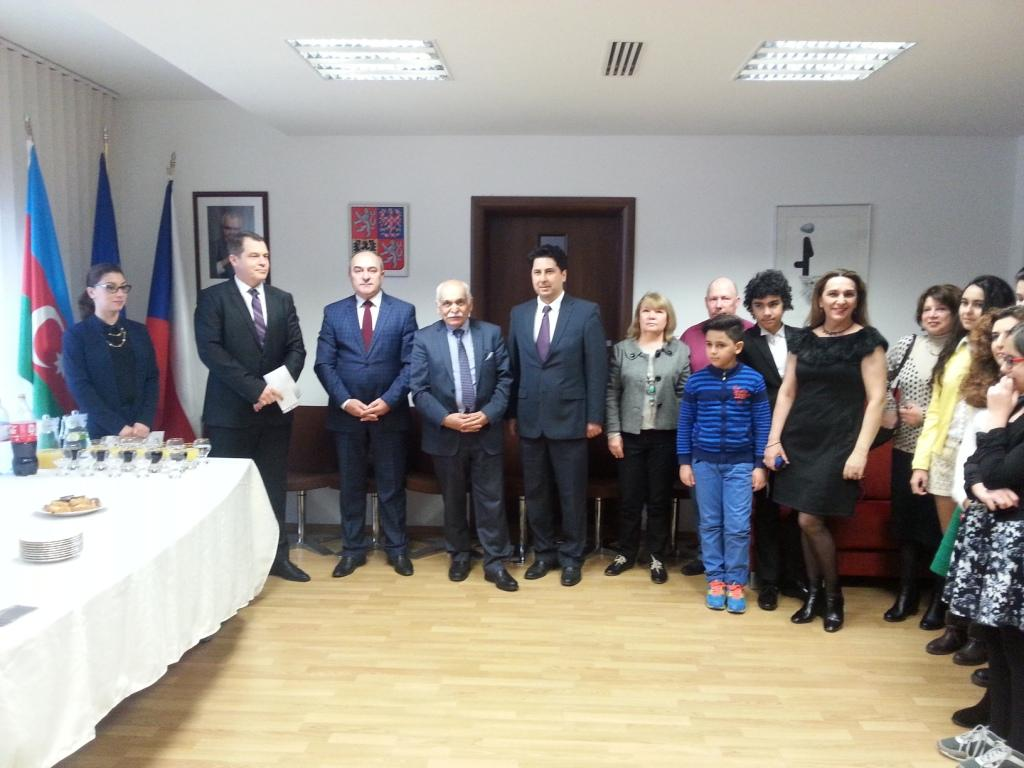 Czech Ambassador presents certificates to young Azerbaijani artists
