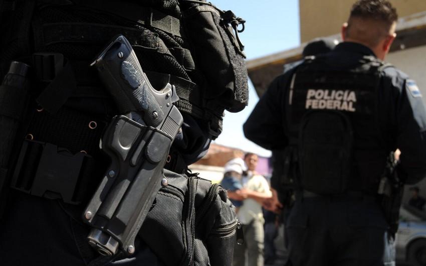 Meksikada narkokartellərin silahlı toqquşması zamanı 35 nəfər öldürülüb