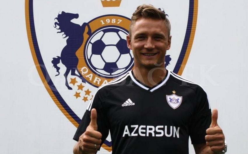 Клуб Карабах подписал двухлетний контракт с польским футболистом Якубом Жезничаком