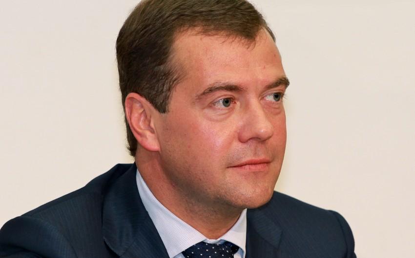 Rusiya Federasiyası Hökumətinin sədr Dmitri Medvedev Azərbaycan Prezidentini təbrik edib