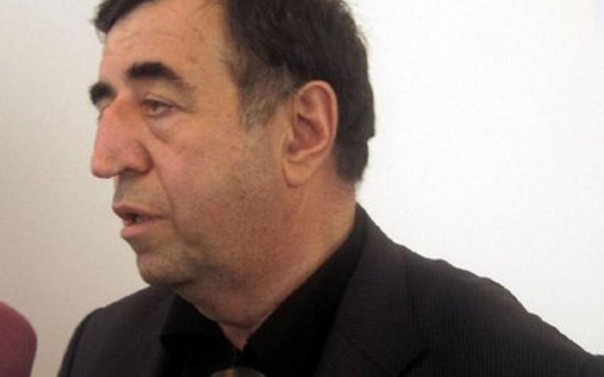 Президент наградил Ахмеда Ахмедзаде орденом Шохрат