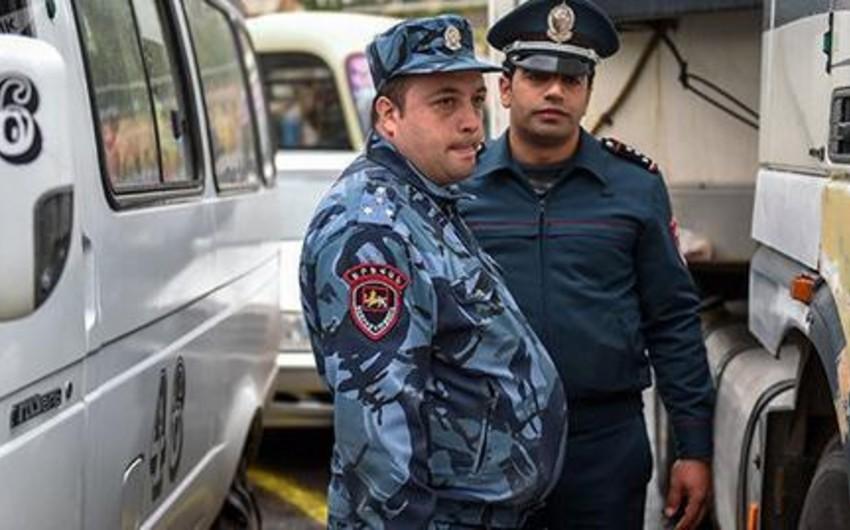 Yerevanda orta məktəb şagirdi bıçaqlanıb
