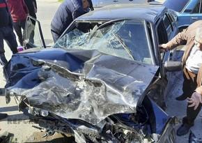 Kürdəmirdə avtomobillər toqquşub, 3 nəfər yaralanıb