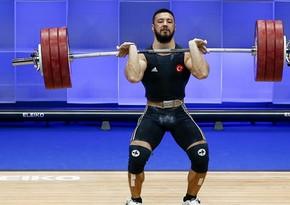 Türkiyə ağırlıqqaldıranı Avropa rekordu qırdı - VİDEO