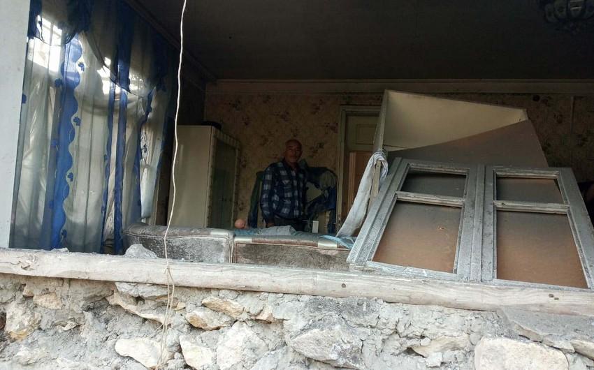Вражеский снаряд попал в дом в Агдаме