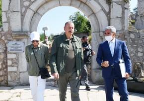 Ильхам Алиев и Мехрибан Алиева ознакомились с предстоящими работами в доме-музее Узеира Гаджибейли в Шуше