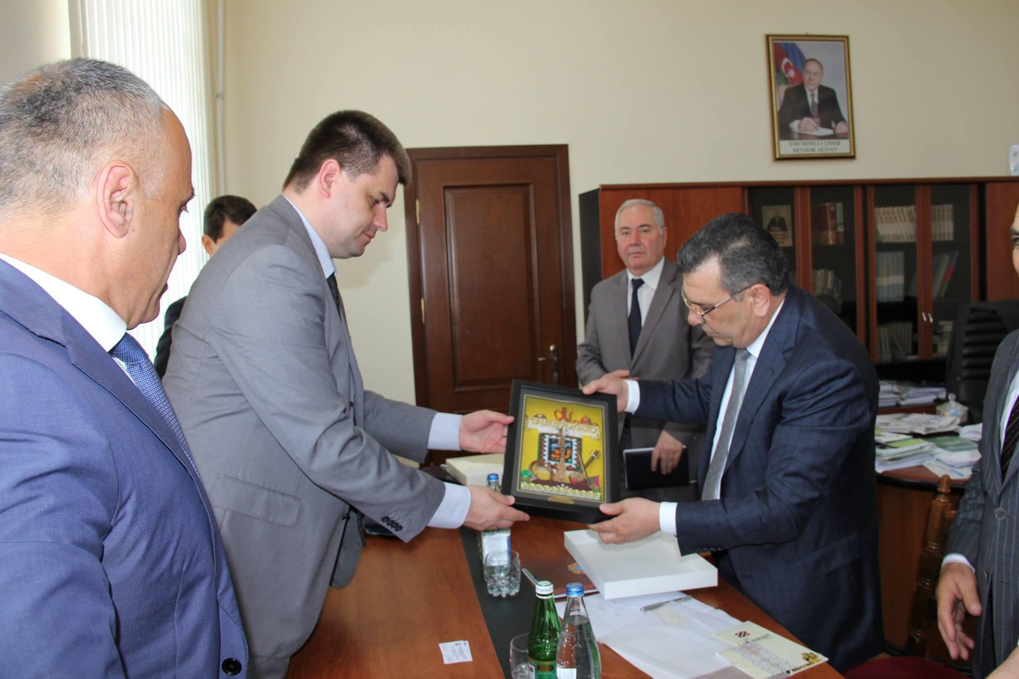 Глава Сумской областной городской администрации посетил Азербайджан