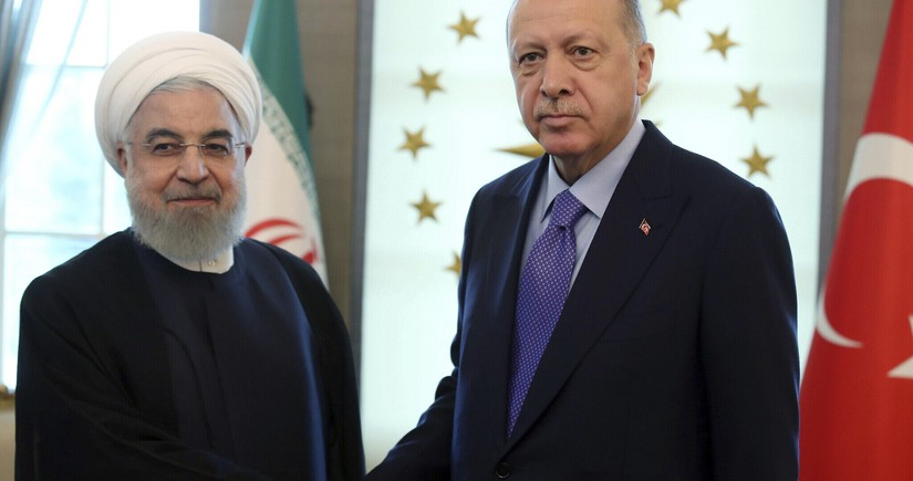 Turkish and Iranian leaders mull relations in phone call
