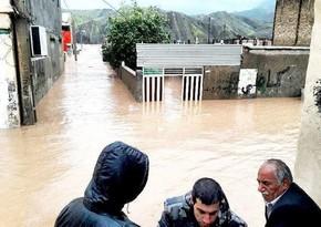 Ten people die in floods in Iran