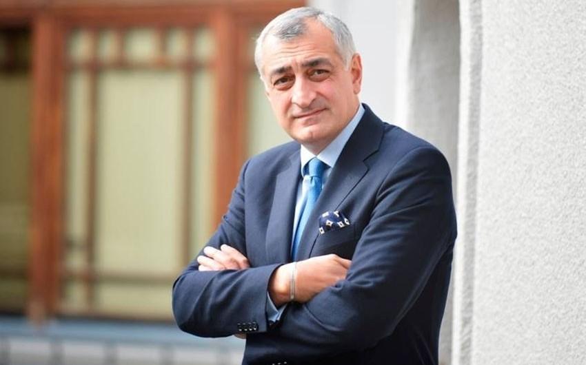 Gürcüstanda bankir ictimai hərəkat yaradır