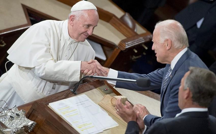 Bayden oktyabrın sonunda Vatikana səfər edəcək
