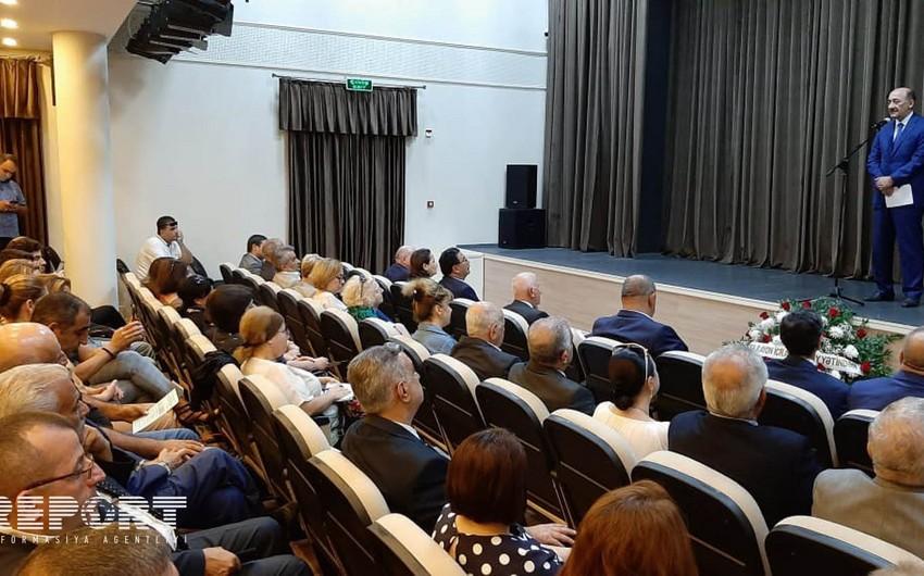 Azərbaycan milli teatrının yeni mövsümünün açılış mərasimi keçirilib - FOTO