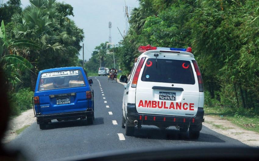 Banqladeşdə partlayış baş verib, 12 nəfər yaralanıb