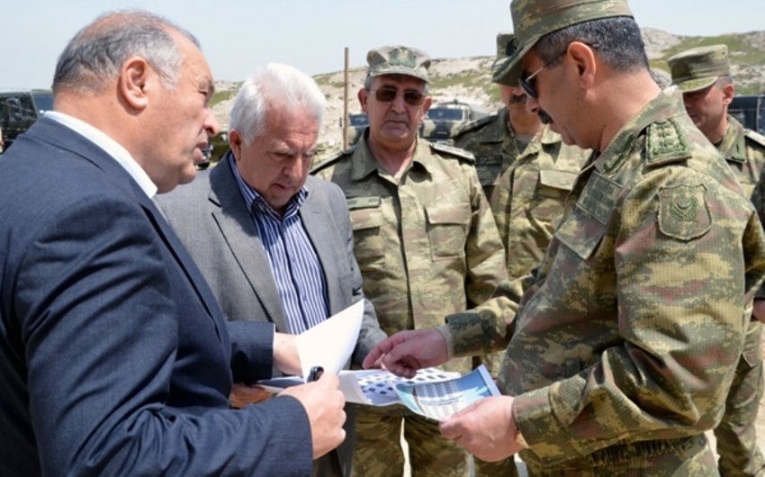 Azerbaijani Defense Minister inspects construction works in military units - VIDEO