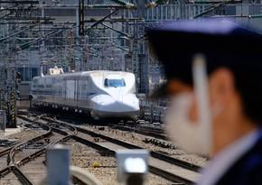 Yaponiyada qatar maşinisti kabinəni tərk edib