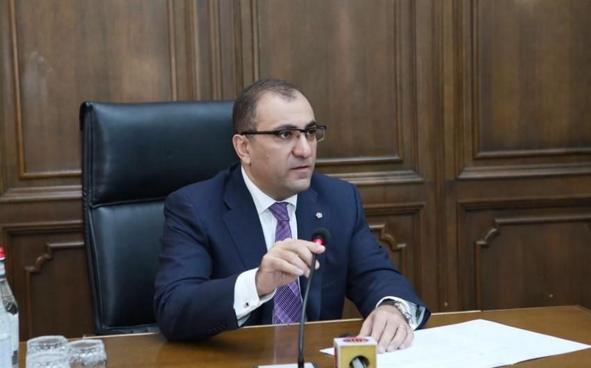 Ermənistan parlamenti aparatının sabiq rəhbəri saxlanılıb
