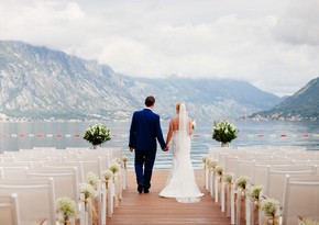 В Грузии запретили проводить свадьбы и дни рождения