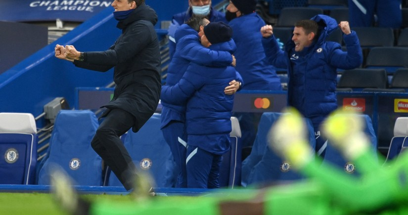 Chelsea's head coach makes history in Champions League