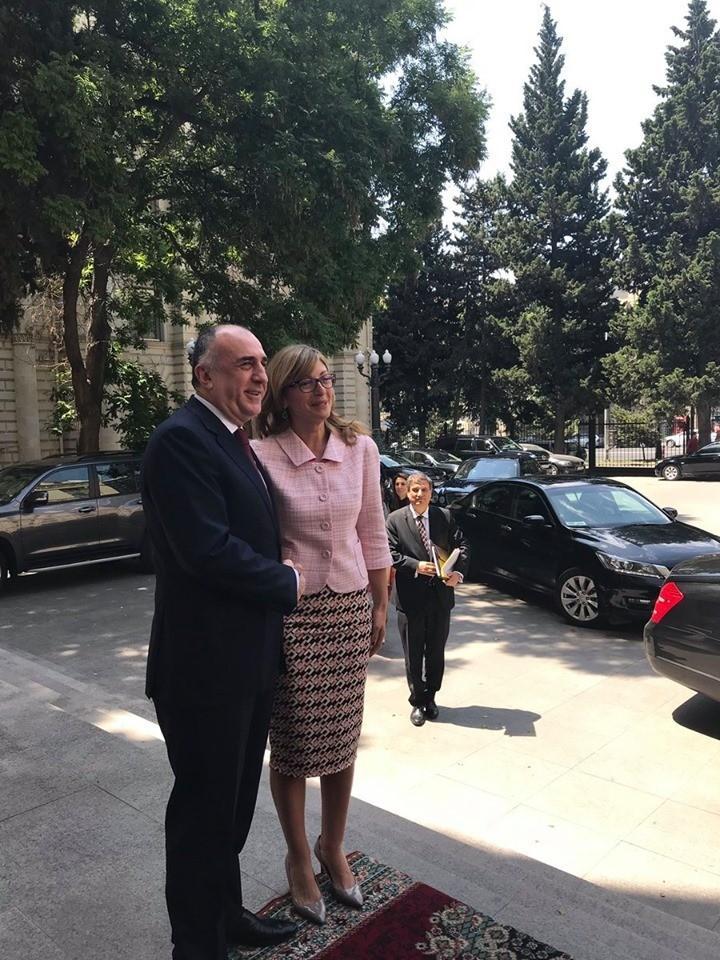 Глава МИД Азербайджана и заместитель премьера Болгарии обсудили вопросы регионального сотрудничества