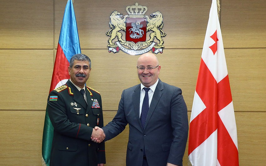 Azerbaijani and Georgian Defence Ministers meet in Tbilisi