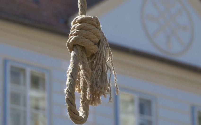 Abşeronda 35 yaşlı qadın intihar edib