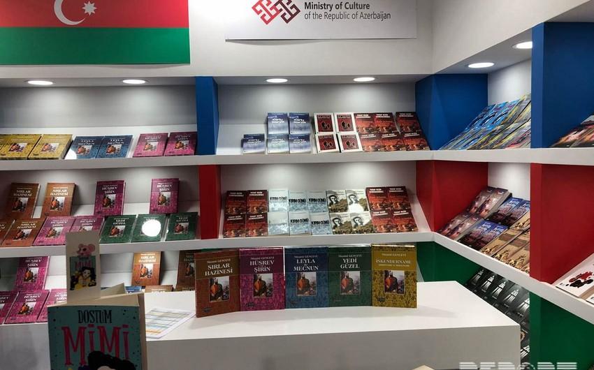 İstanbulda Beynəlxalq Kitab Sərgisi açılıb
