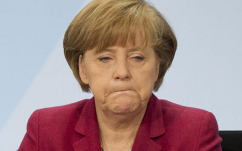 Merkel Kölndəki hadisələrə görə Davosa səfərini ləğv edib