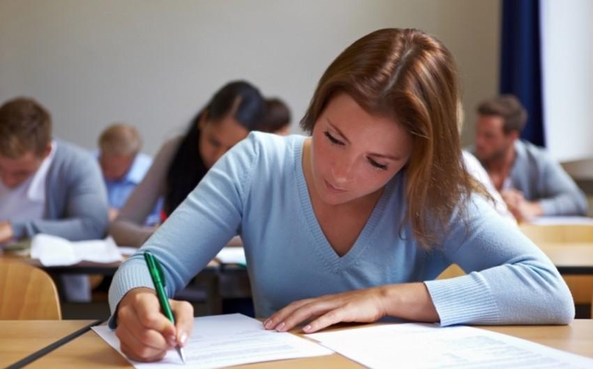 Сегодня около 27 тыс. абитуриентов сдают экзамены по I и IV группе специальностей