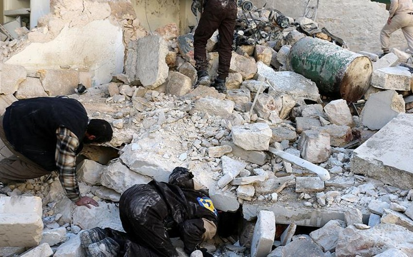 KİV: Rusiya qırıcılarının bombardmanı nəticəsində Suriyada 50 dinc sakin ölüb