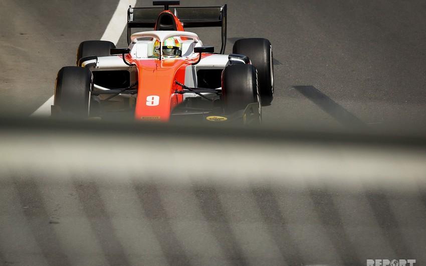 Bakıda Formula 2 üzrə birinci yarış başlayıb