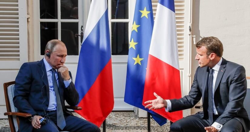 Во Франции начали проверку из-за публикаций о беседе Макрона и Путина