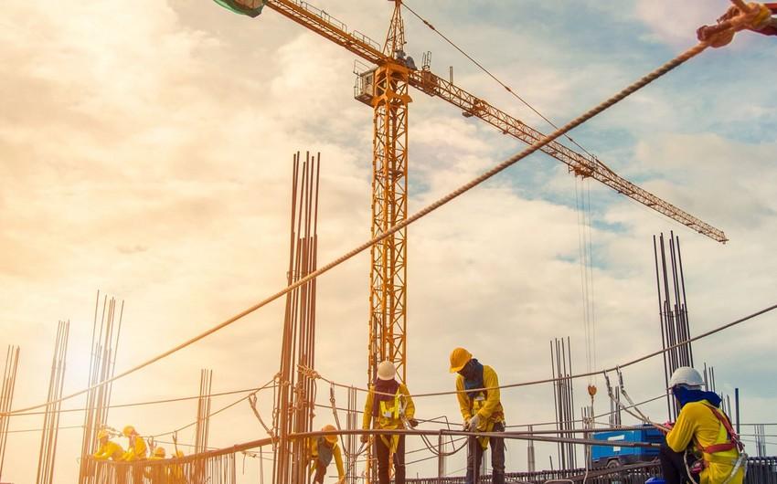 Paytaxtda inşaat işlərinin 83%-i qeyri-dövlət tikinti müəssisələrinin payına düşüb