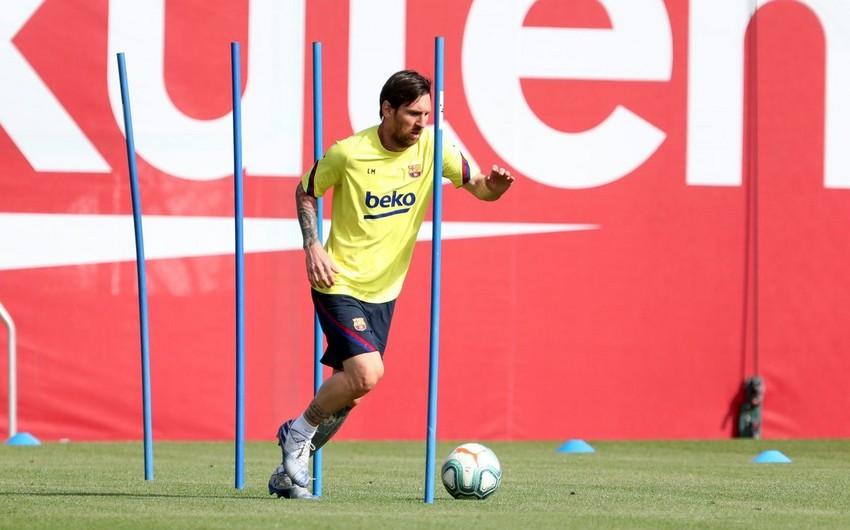 Lionel Messi: Koronavirus barədə çox düşünmək lazım deyil