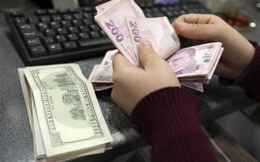 Türkiyədə dollar yenidən bahalaşır