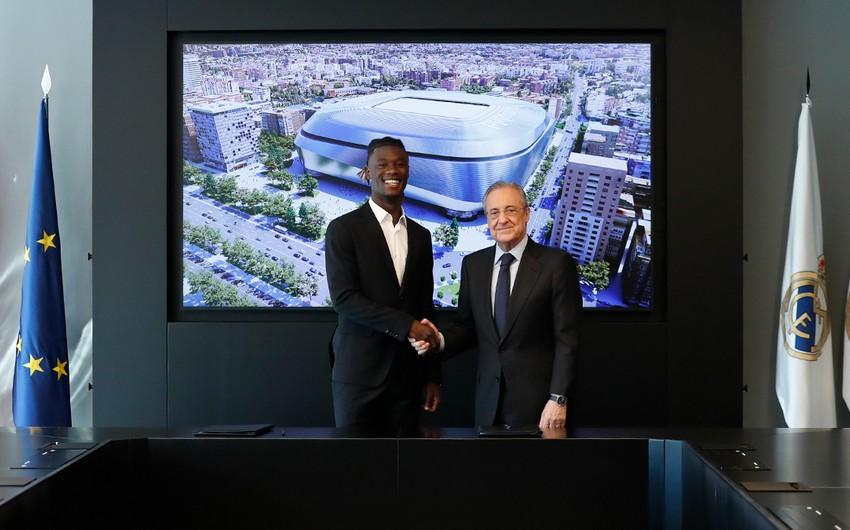 Real Madrid yeni transferini təqdim edib