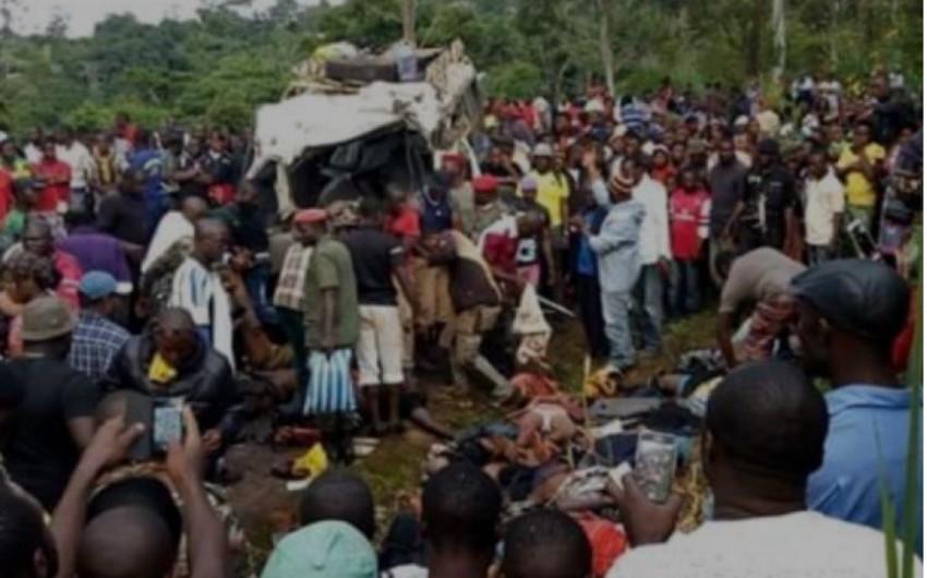 Kamerunda baş verən ağır yol qəzasında onlarla insan ölüb