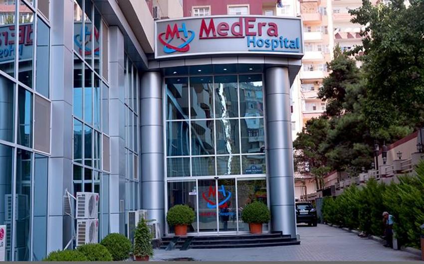 Работающий мастером в одной из известных столичных клиник мужчина получил тяжелую травму при падении