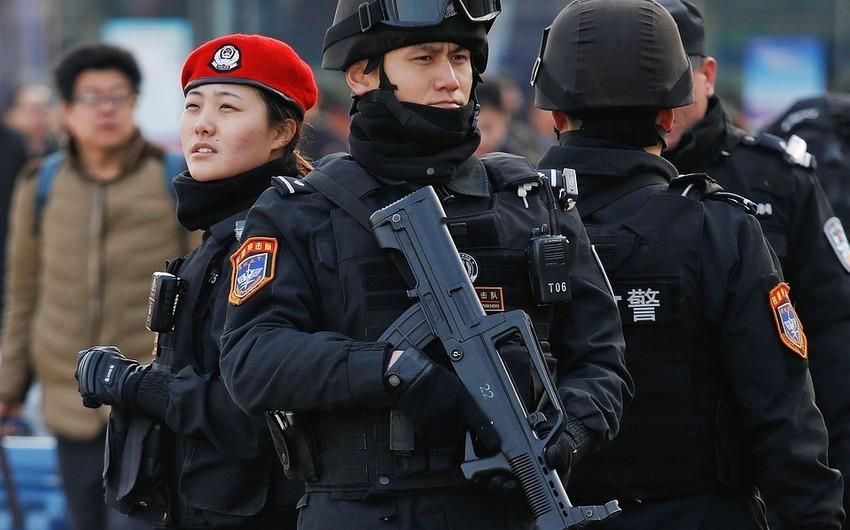 Çində məktəbə silahlı hücum zamanı 8 uşaq öldürülüb