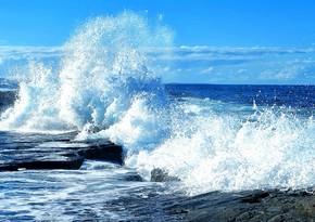 Neft Daşlarında  dalğanın hündürlüyü 3,6 metrə çatıb