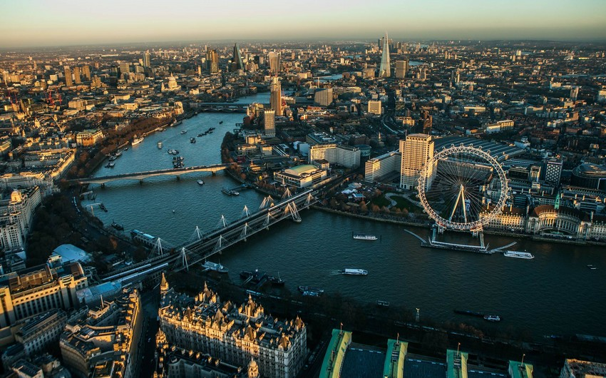 Londonda daşınmaz əmlak ucuzlaşır