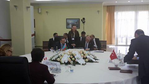 Azərbaycan, Gürcüstan və Türkiyə xarici işlər nazirləri Qars Bəyannaməsi imzalayıblar