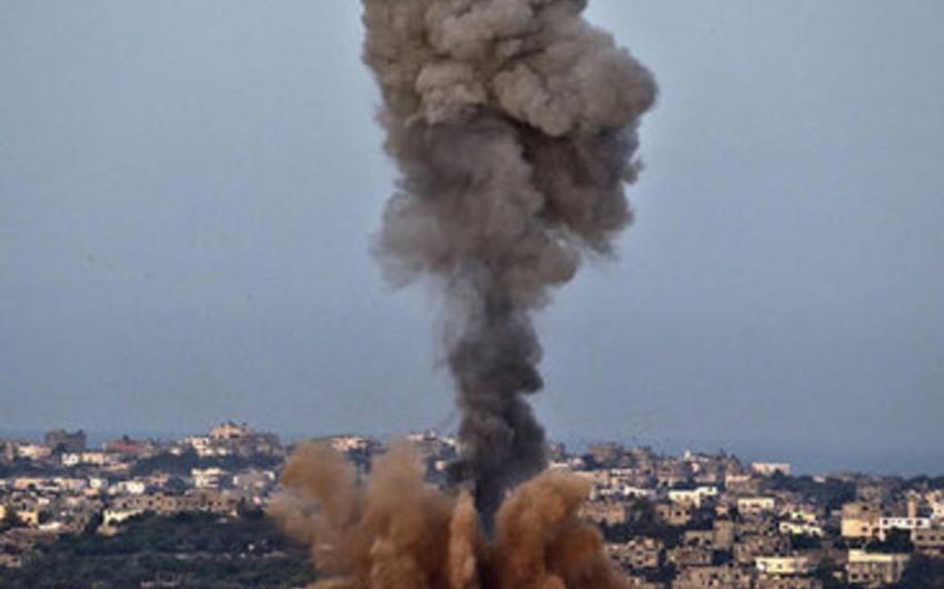 İsrail Qəzzəyə raket-bomba zərbələri endirib