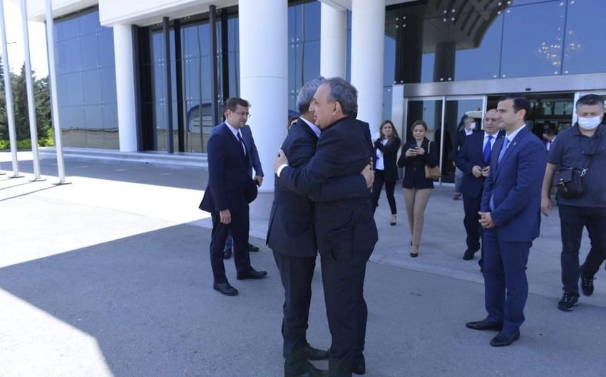 Официальный визит генпрокурора Верховного суда Турции в Азербайджан завершился