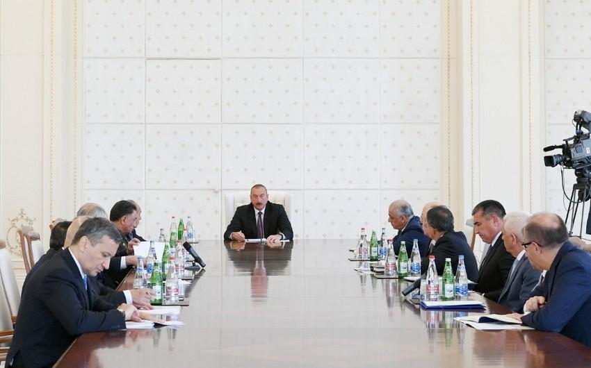Prezident İlham Əliyev: Siz sadəcə olaraq xalq qarşısında, ölkə qarşısında utanmalısınız