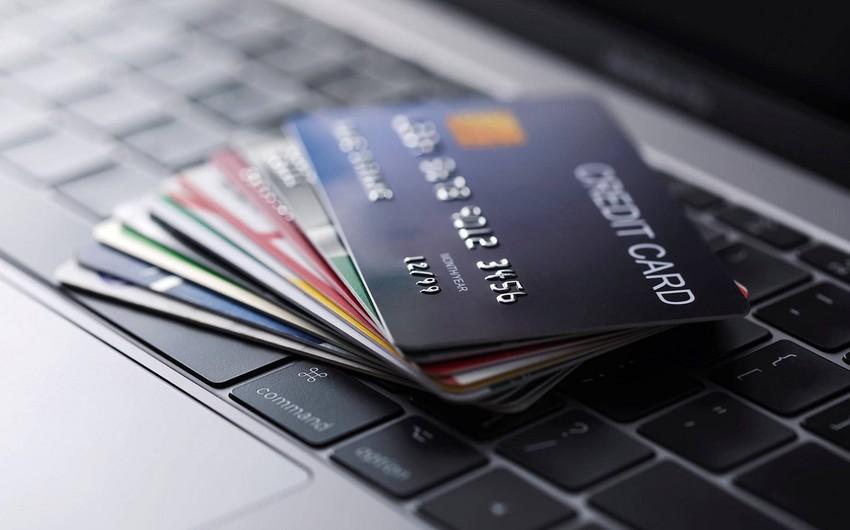 Azərbaycanda adambaşına bir bank kartı düşür - Onlar niyə ölkədə istehsal olunmur?