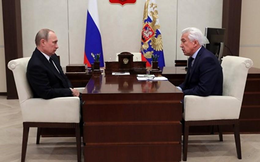 Президент России: Федеральный бюджет на 2018 год предусматривает сокращение расходов на оборону