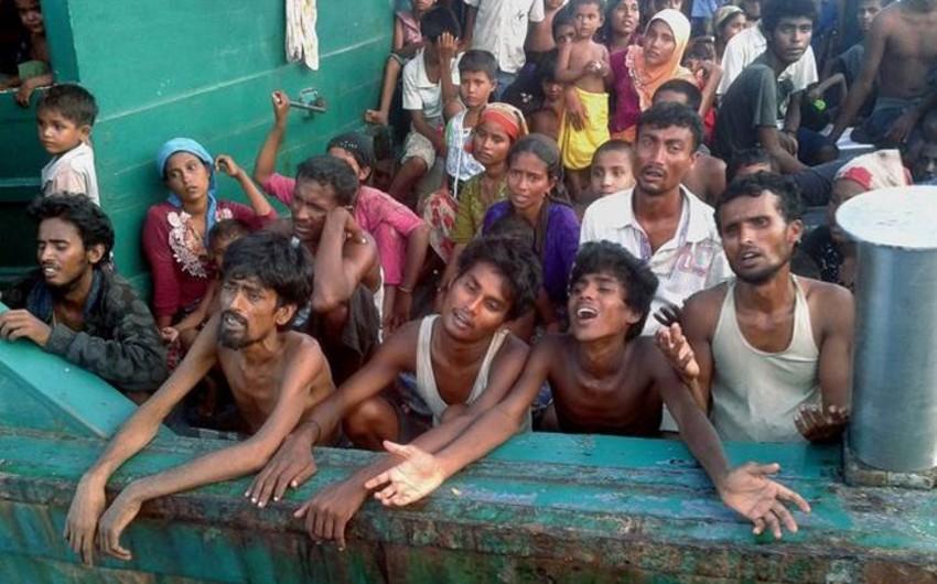 Banqladeşdə rohinca qaçqınlarını daşıyan gəmi batıb, uşaqlar ölüb