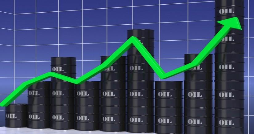 Tokio birjasında neftin qiyməti 3 illik maksimumu yeniləyib