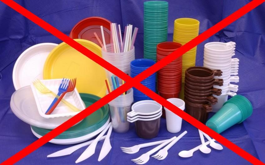 BritaniyaAzərbaycanın plastik qablarla bağlı qərarını alqışlayır